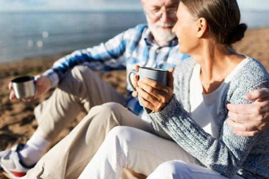 Tipps für Senioren: Aktiv und entspannt bei Blasenschwäche