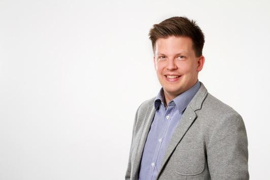 Den beruflichen Alltag im Lehramtsstudium realitätsnah erleben: Stifterverband fördert Tim Herzig und das Lernlabor 'ILTHOS' der Universität Osnabrück