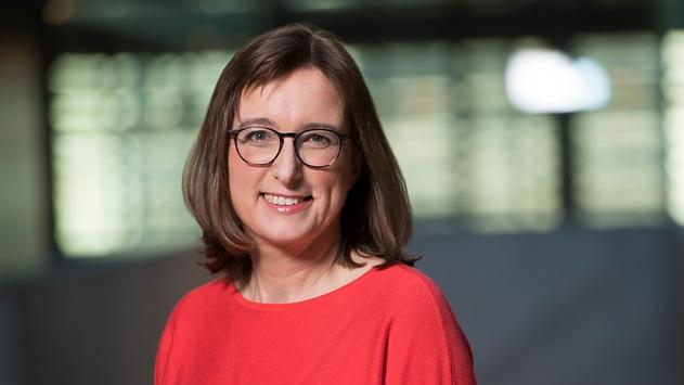 Angela Ulrich moderiert Frühprogramm im Inforadio vom rbb