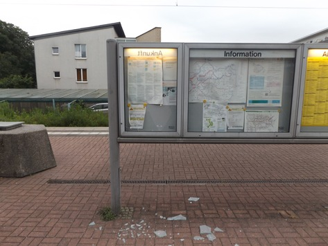 BPOL NRW: Unbekannte Täter begehen Sachbeschädigung, Bundespolizei ermittelt