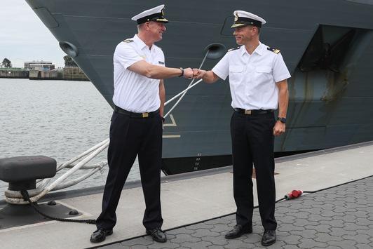 Wechsel am größten Bundeswehrstandort – Die Einsatzflottille 2 bekommt neuen Kommandeur