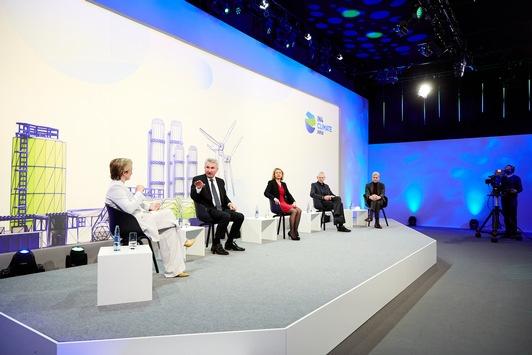 Hier beginnt Klimaschutz. / IN4climate.NRW präsentiert Vision einer klimaneutralen Industrie 2050