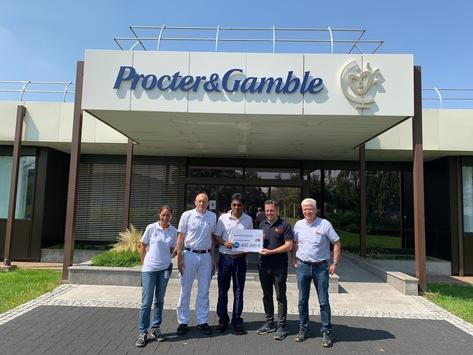 Procter & Gamble spendet 400.000 Euro an die Feuerwehr in Euskirchen