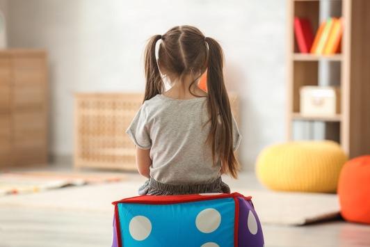 Familien im Ausnahmezustand während der Corona-Pandemie? / Wenn Kinder unglücklich sind – so können Eltern helfen