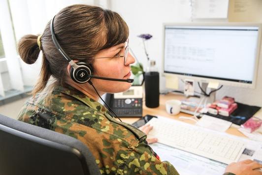 """""""Kontakt-Nachverfolger in Uniform"""": / Bundeswehr unterstützt 297 Gesundheitsämter bundesweit"""