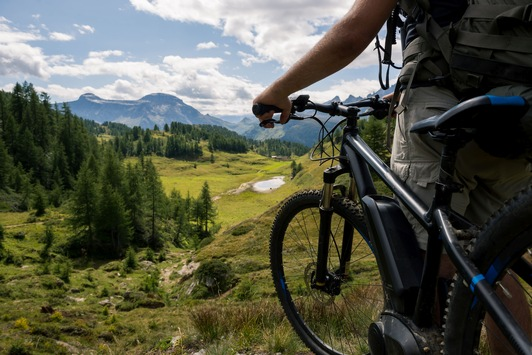 Versicherungstipp: Berufsunfähigkeitsschutz und sportliche Abenteuerlust – passt das zusammen?