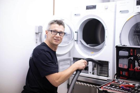 Waschmaschinen Reparatur Friedrichshain, Kreuzberg – Neumann Hausgeräte Service hat sich zur absoluten Nummer 1 in Berlin entwickelt