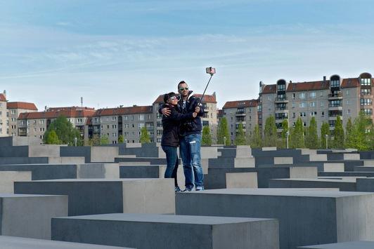 Die Deutschen und der Holocaust: Umfrage für ZDFinfo-Doku