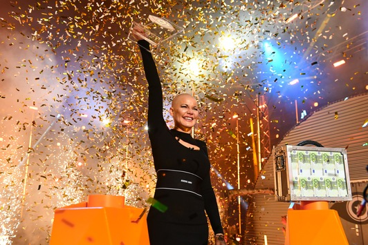 """Mission completed! Melanie Müller siegt bei """"Promi Big Brother"""": """"Big Brother hat mir ein kleines bisschen Menschlichkeit zurückgegeben."""""""
