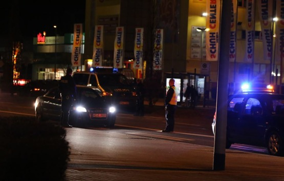 POL-AC: Nachtrag: Foto zum Verkehrs-Kontrolleinsatz der Polizei – getunte und verkehrsuntüchtige Fahrzeuge im Visier der Beamten