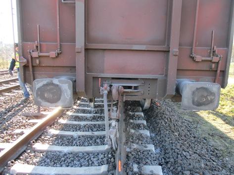 BPOL NRW: Völlig neben der Spur – Zug entgleist
