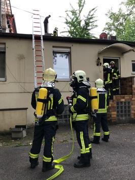 FW-GE: Unruhiger Vormittag für die Einsatzkräfte der Feuerwehr Gelsenkirchen