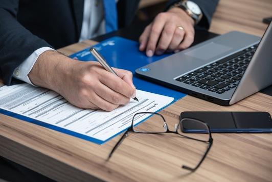 WEISSER RING führt Anwaltsliste ein und zertifiziert qualifizierte Opferanwältinnen und Opferanwälte
