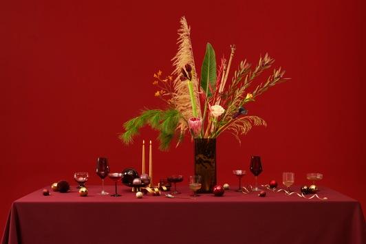 5 stimmungsvolle Geschenkideen zu Nikolaus und Hingucker für die Festtafel / Festliche Blumendesigns bei bloomon