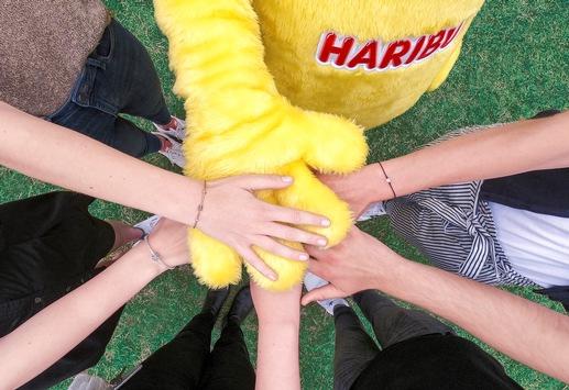 Goldbären bringen Vereinsfreude zurück: HARIBO startet bundesweite Mitmach-Aktion für Vereine