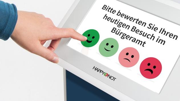Bürgeramt Flörsheim nutzt Smiley Terminals von HappyOrNot zur Besucherbefragung