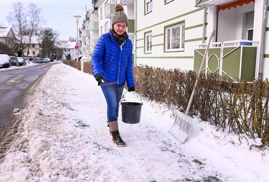 Schneeräumen nicht vergessen / Wann ist der Griff zu Schaufel und Besen nötig?