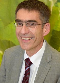 Uniklinikum OWL: Die ersten beiden Chefärzte des Klinikums Bielefeld erhalten Ruf an die Medizinische Fakultät OWL