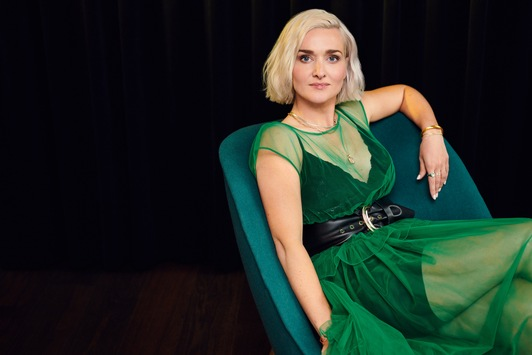"""Neue Folgen von """"Late Night Alter"""" in ZDFneo mit Ariane Alter"""