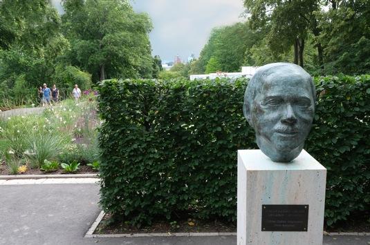 Herr der blühenden Gärten / Karl Foersters Erbe wird im egapark gehütet