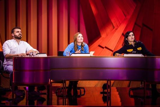 """""""Es ist Bruce Willis!"""" Nora Tschirner, Karoline Herfurth und Edin Hasanovic rätseln am Dienstag, 26. Oktober, auf ProSieben: """"Wer ist das Phantom?"""""""