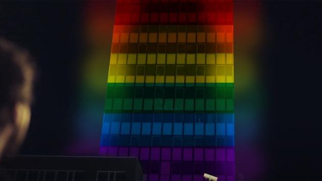 E WIE EINFACH setzt ein Zeichen für Toleranz: Kölner Unternehmensstandort am Barbarossaplatz leuchtet in Regebogenfarben