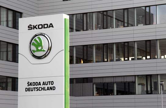 Erfolgsgeschichte mit rundem Jubiläum: Vor 30 Jahren startete ŠKODA AUTO Deutschland