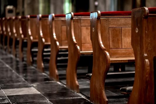 Studie: Kirchen ohne Fans – Gläubige glauben ihrer Kirche nicht mehr