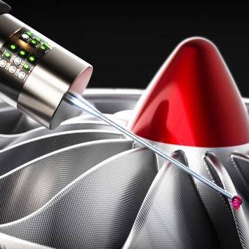 Präzise Koordinatenmessgeräte mit optischen Abstandssensoren