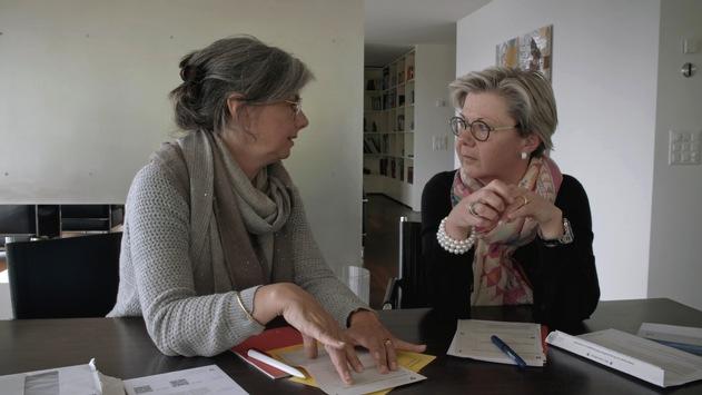 """Steuerflucht und ihre Auswirkungen: 3sat zeigt Dokumentarfilm """"Der Ast, auf dem ich sitze – Ein Steuerparadies in der Schweiz"""""""