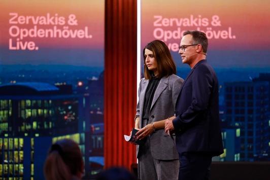 Sechs Monate nach #NichtSelbstverständlich: Gesundheitsminister Jens Spahn stellt sich Pflegerin Meike Ista am Montag bei #ZOL