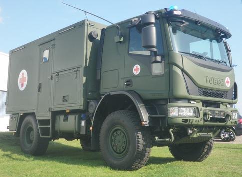 Neue Fahrzeuge für den Verwundetentransport