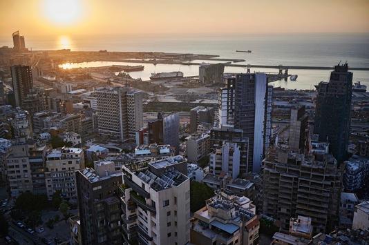 """""""Stones of Beirut"""": Mit einem Buch startet TERRITORY eine crossmediale Spendenkampagne zum Jahrestag der Explosionskatastrophe von Beirut"""
