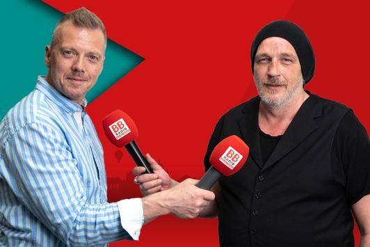 Comedian Torsten Sträter moderiert seine erste eigene Radioshow bei BB RADIO