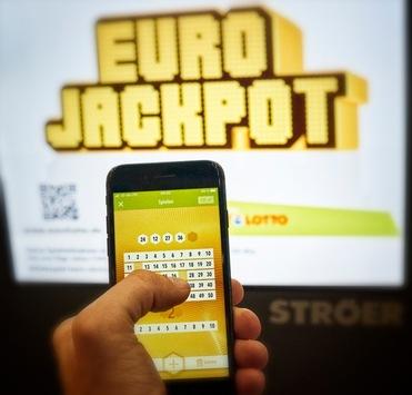 Der höchste jemals erzielte Lottogewinn in Niedersachsen: Über 61 Millionen Euro bei Eurojackpot gehen in den Landkreis Diepholz