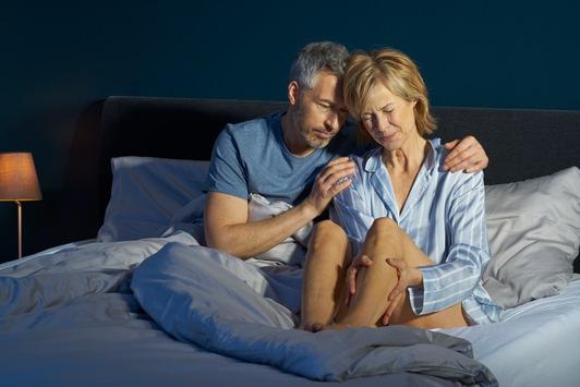 Schmerzhafte nächtliche Wadenkrämpfe: Wadenkrampf-Monat Mai macht auf das Leid der Betroffenen aufmerksam