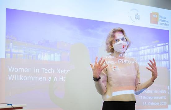 Internationaler Frauentag: Informatik und Mädchen, das passt zusammen!