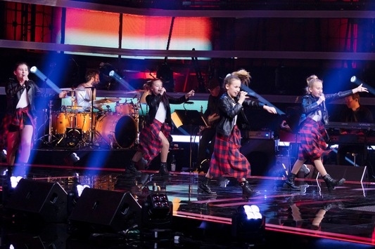 """100% Girl Power bei """"The Voice Kids""""! Am Samstag rockt die erste Girlgroup in den Blind Auditions die Bühne – um 20:15 Uhr in SAT.1"""