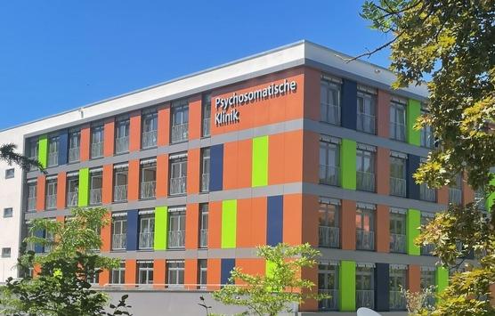 RHÖN-KLINIKUM Campus Bad Neustadt eröffnet Neubau für Psychosomatische Rehabilitation