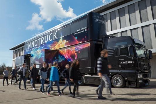 InnoTruck in Deggendorf (27.-28.09.) / Mobile Erlebnisausstellung macht Lust auf Zukunftstechnologien