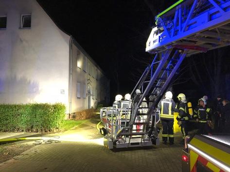 FW-GE: Ausgedehnter Wohnungsbrand in Gelsenkirchen Ückendorf. / Wohnung nach Brand unbewohnbar.