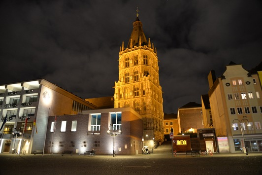 Klimaschutz: LichtBlick versorgt Köln mit Ökostrom / Starkes Signal für funktionierenden Wettbewerb im Strommarkt