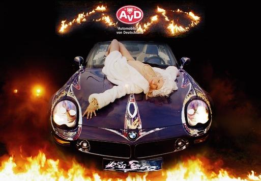Automobilclub von Deutschland zeigt Kultur! / Die Neuauflage vom AvD Super Auto Kalender – nun im Buchformat.
