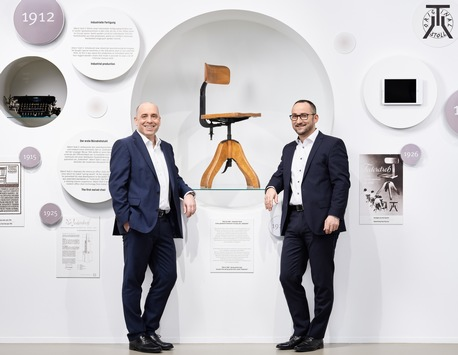 """Das """"Büro der Zukunft"""" gibt es längst / Zum 150. Geburtstag von Sedus Stoll"""