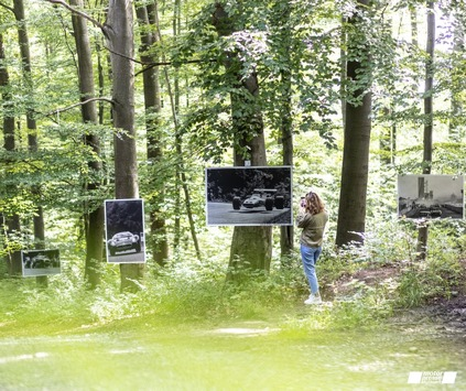Outdoor-Fotoausstellung mit Bildern von HP Seufert im Leitz-Park Wald in Wetzlar eröffnet