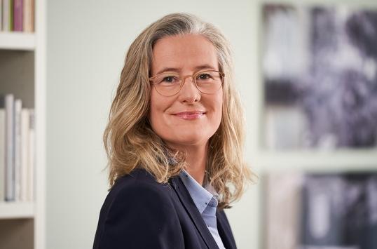 """Stephanie Pieper neue Programmchefin Inforadio und Leiterin """"Multimediale Information"""" / Georg Heil wird Redaktionsleiter des ARD-Politikmagazins Kontraste"""
