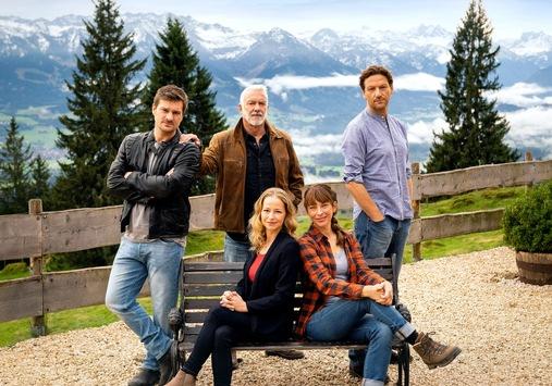 """Das Erste: """"Endlich Frühling im Ersten"""": Zwei neue Filme der Alpensaga """"Daheim in den Bergen"""" am 9. und 16. April im Ersten"""