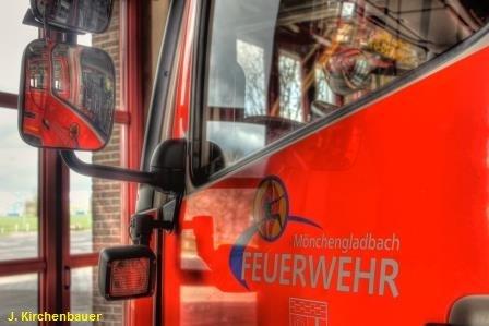 FW-MG: Kind mit Verbrühungen – Rettungshubschrauber landet in der Stadt