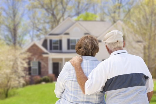 Gemeinnütziger Vergleich und Tipps / Immobilienrente, Teilverkauf oder Immobilienkredit: Was ist am besten?