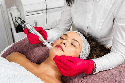 Permanent Make-up Schwabing – Beate Völkel gilt als die Koryphäe für dauerhaftes Make-Up in München und Umgebung